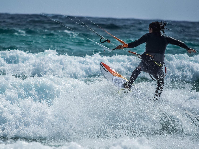 Kitesurfing – sklep stacjonarny, czyli czego nie powinieneś  kupować online