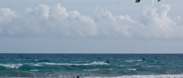 Kitesurfing – sprzęt, który powinieneś posiadać