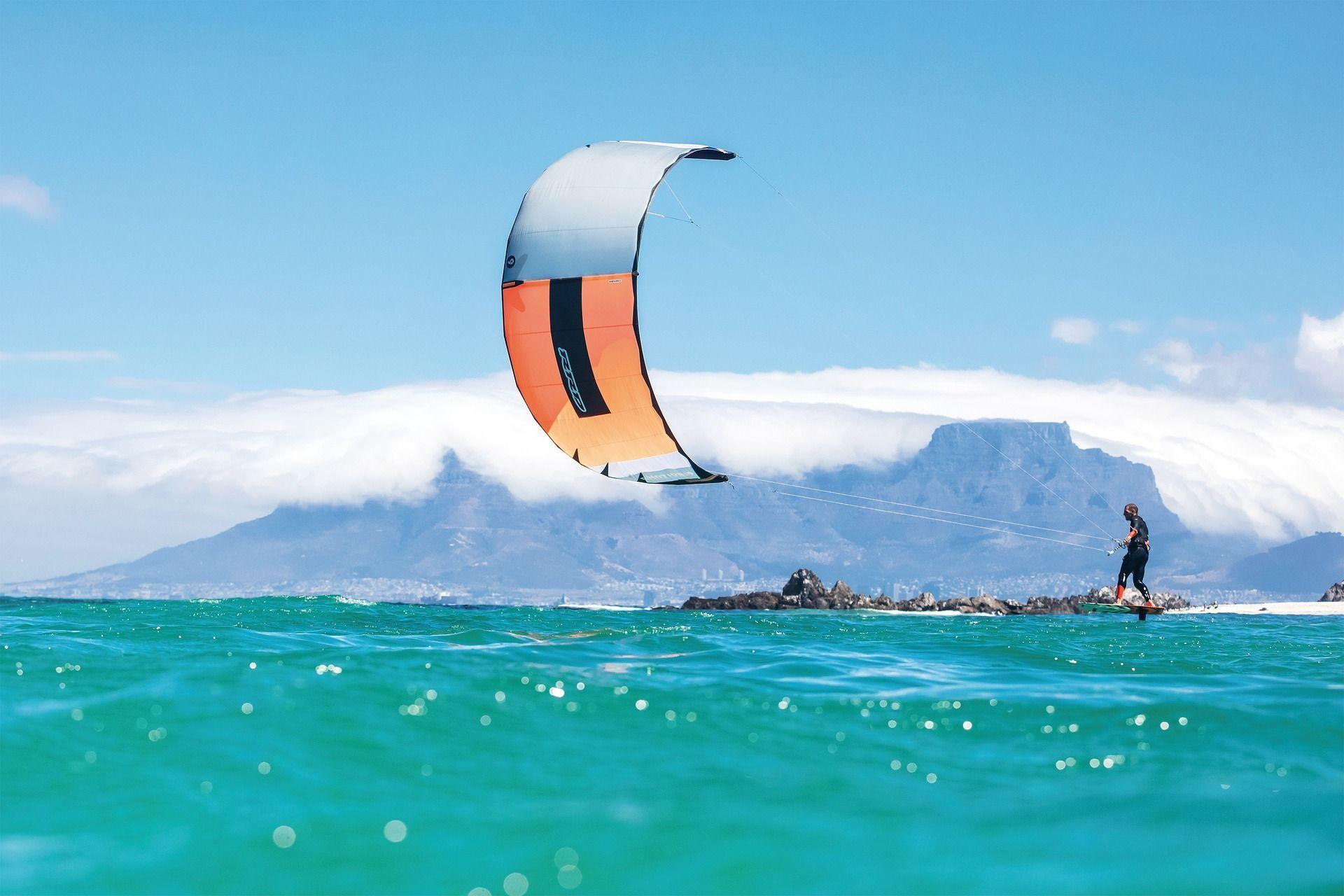 Jak rozpoznać solidny latawiec do kitesurfingu?