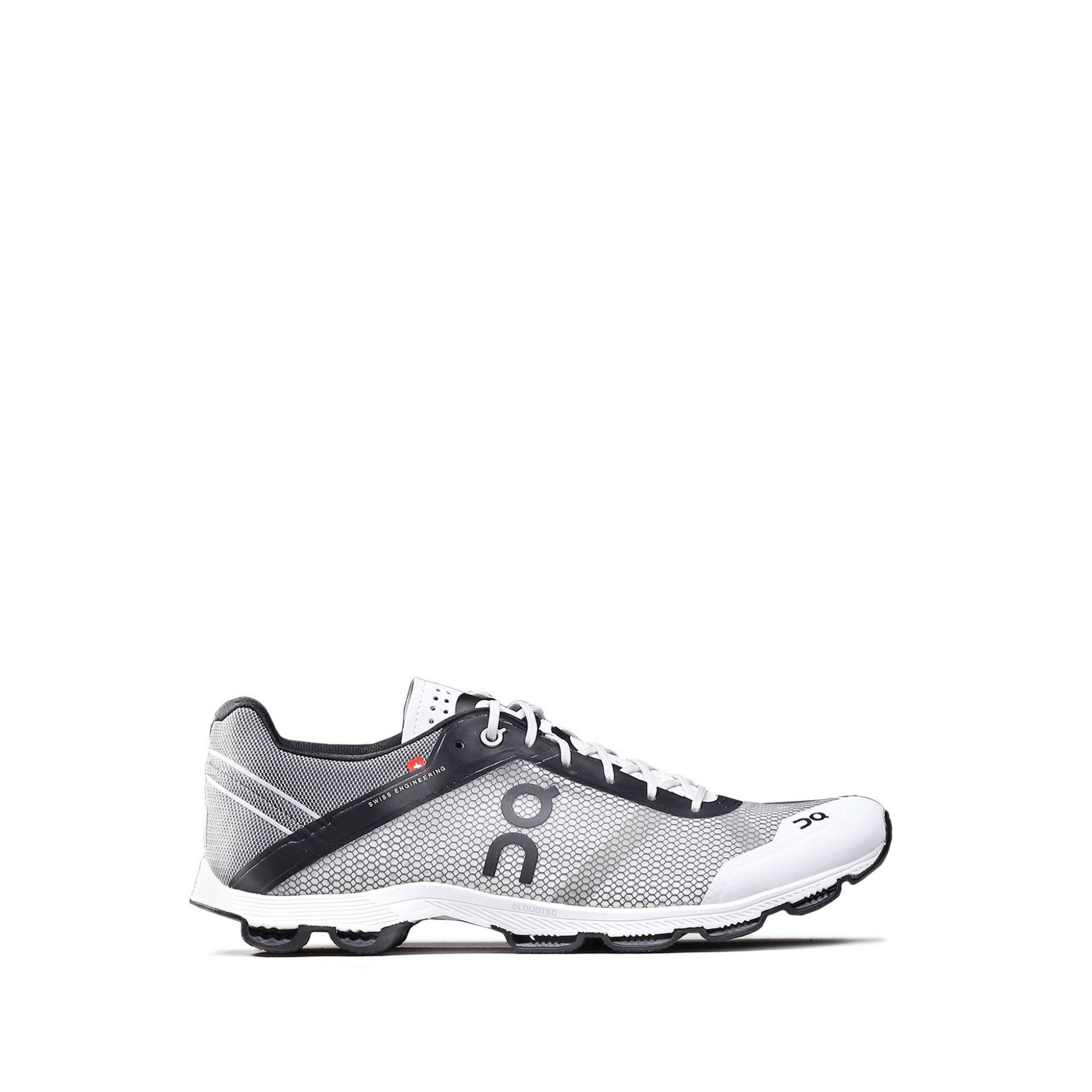 BUTY DO BIEGANIA ON RUNNING CLOUDRUSH W BLACK|WHITE 1